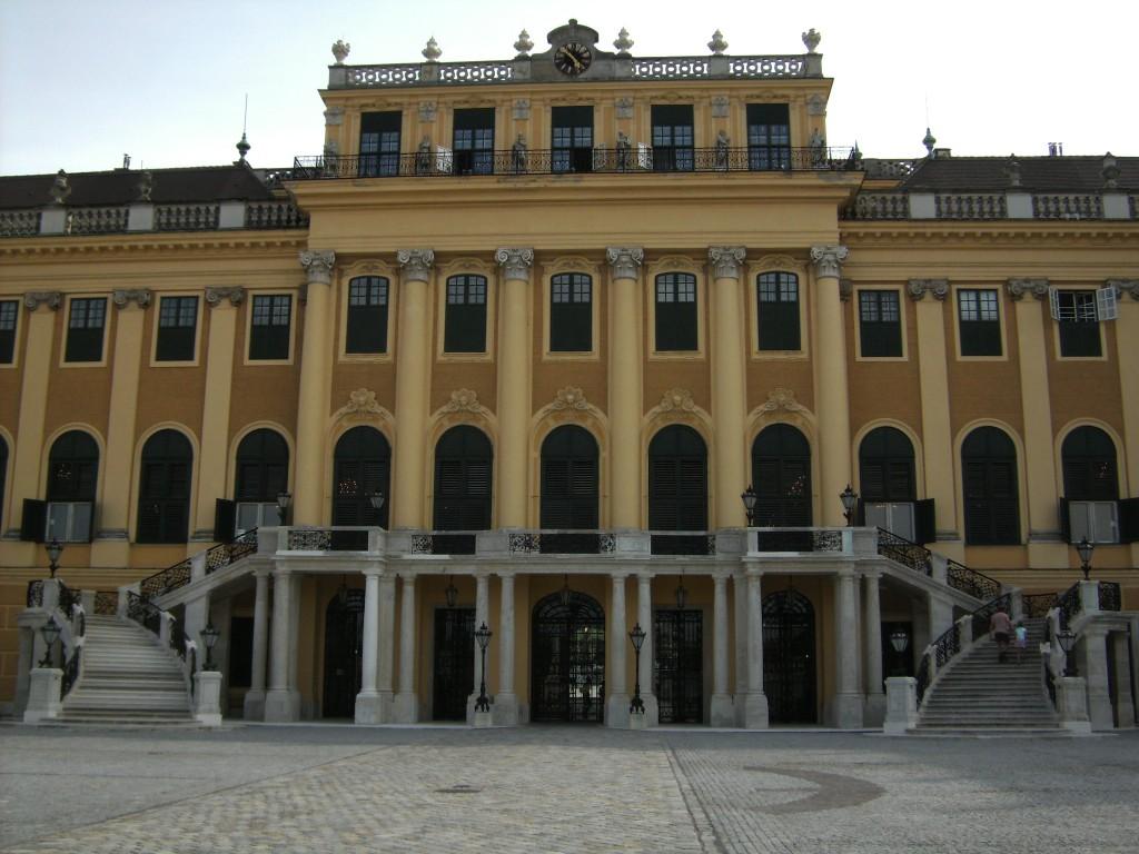 Sch�nbrunn Front